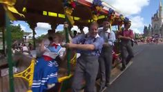 Trolley Show Celebrates Summertime at Walt Disney World Resort