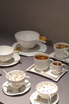 Handcrafted porcelain tableware from Italy #taiganholiday