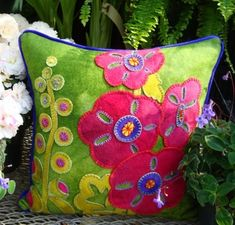 Gorgeous designer Hollyhocks pillow pattern originally designed wool applique, crafted in buttery soft, hand dyed wool in vibrant color. Motifs Applique Laine, Wool Applique Patterns, Applique Pillows, Felt Applique, Flower Applique, Applique Designs, Quilt Patterns, Throw Pillows, Patchwork Pillow
