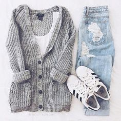 Love this outfit! YES? credit @lalalisaaaa #americanstyle