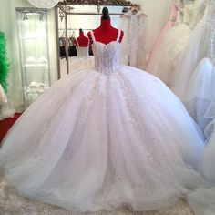 Vestido De Noiva Real Sample Russian Luxury Ball Gown Wedding Dress Lace Straps Bridal Dresses Tulle Corset Back W3676