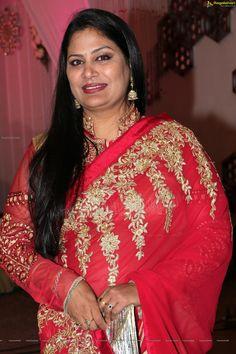 Beautiful Women Over 40, Beautiful Girl Indian, Most Beautiful Indian Actress, Beauty Full Girl, Beauty Women, Indian Actress Hot Pics, Beautiful Bollywood Actress, Curvy Girl Fashion, Voluptuous Women