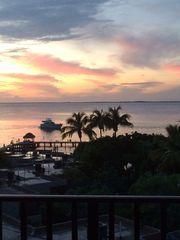 **Gorgeous Views - Perfect Paradise -Waterfront Condo - **