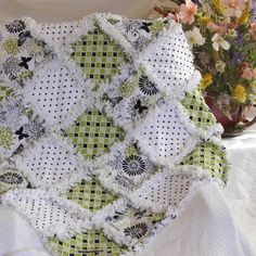 Chenille Quilt, Baby Rag Quilts, Quilt Patterns, Quilting Ideas, Patchwork Patterns, Sewing Patterns, Green Quilt, Custom Quilts, Quilt Sets