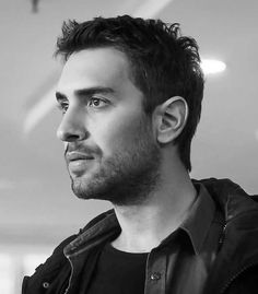 Feriha Y Emir, Turkish Actors, Handsome, Guys, Instagram, Life, Dresses, Amor, Moving Wallpapers