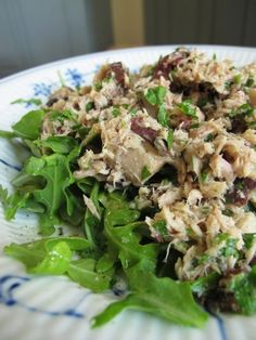This tuna salad is minus the mayo, but in no way minus the taste. When served over arugula it is a perfectly delicious combo of protein and vitamins that will completely satisfy you.