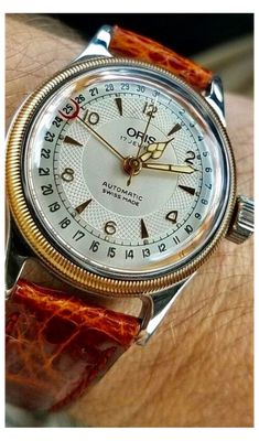 #luxury #watches #for #men #vintage Luxury watches for men that are made of manual winding mechanical Movement. #Diving #Men #Pilots #Originals #Vintage #Big Crown #Limited Edition #Racing #Classic Vintage Rolex, Vintage Watches, Mesh Armband, Expensive Watches, Affordable Watches, Cartier Tank, Rolex Daytona, Beautiful Watches, Nice Watches