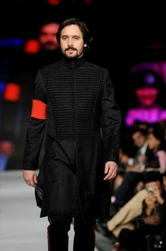 Here are 11 of the greatest men's fashion designers in pakistan that Mens Fashion Casual Shoes, Mens Fashion Sweaters, Fall Fashion Outfits, Sweater Fashion, Men Fashion, League Of Legends Memes, Alexander Hamilton, Slimming World, Wedding Dress Men