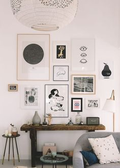wall of frames – my addresses to find beautiful posters Source by Gallery Wall Layout, Beautiful Posters, Aesthetic Room Decor, Home Office Decor, My New Room, Frames On Wall, Diy Bedroom Decor, Location, Sweet