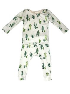 8e21d5dd4 Insanely Chic Gender-Neutral Baby Clothes We re Totally Into ...