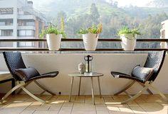 Decoración de terraza estilo moderno industrial