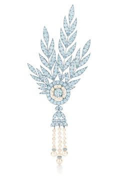 A detachable brooch of diamonds and freshwater cultured pearls from the Savoy headpiece. From The Great Gatsby Collection by Tiffany & Co., inspired by Baz Luhrmann's film in collaboration with Catherine Martin.