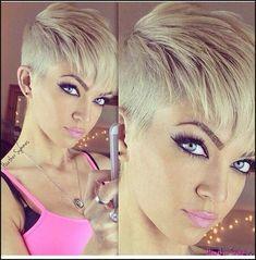 17 Pixie Cuts With Bangs That Are Super Cute [Gallery] | Pixie cut ... | Einfache Frisuren