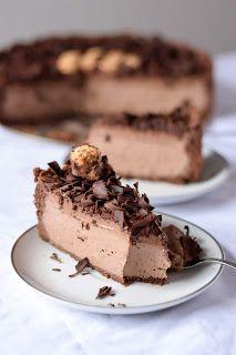 No Bake Desserts, Dessert Recipes, Torte Recipe, Torte Cake, Pecan Pralines, Drip Cakes, Sweet Recipes, Cookie Recipes, Cheesecake