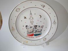 SOVIET USSR SPACE PORCELAIN BIG PLATE DOG BELKA STRELKA  / GAGARIN EX RARE !
