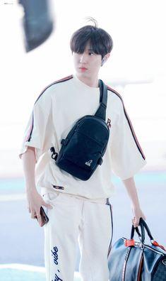 Airport Fashion Kpop, Fashion Idol, Kim Jaehwan, Seong, Airport Style, Jinyoung, My Boys, Korean, Shit Happens