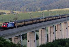 Güterzüge auf der ICE Strecke Hannover-Würzburg. - die Gleise liegen im Schotter !!!! Güterzugparadies ICE Schnellfahrstrecke - Lange Züge, kurze Nächte
