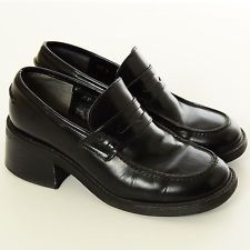 ad7615d843f Vtg 90s Black LEATHER Steve Madden CHUNKY HEEL Clueless Grunge Loafers Shoes  8.5 in 2019