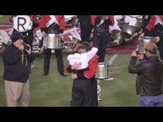Best Wedding Proposal EVER! Jacksonville State band shocks drum major with surprise marriage proposal (video) - Yellowhammer News<br> Best Wedding Proposals, Hoco Proposals, Marriage Proposal Videos, Marriage Proposals, Marching Band Couples, Martha Stewart, Jacksonville State, 2017 Wedding Trends, Drum Major