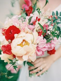 coral red & pale orange bouquet, Lauryl Lane, Jen Huang