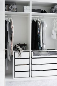 White Scandinavian Closet Design