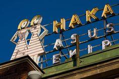 The siamese twins of the Hakaniemi market place Helsinki, Siamese, Statue Of Liberty, Twins, Road Trip, Neon, Marketing, Cool Stuff, Illustration