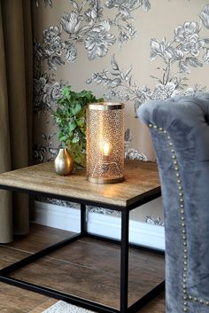 Messing, Entryway Tables, Candle Holders, Living Room, Furniture, Home Decor, Products, Bulbs, House Decorations
