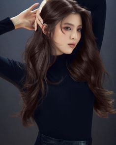 James Bond, Paris Model, Pic Pose, Aesthetic Hair, New Haircuts, Silky Hair, Korean Actresses, Loreal Paris, Ulzzang Girl