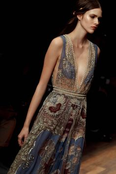 Gorgeous - love the colors, fabric, the romance & drama of it ... Valentino * Spring 2015 RTW