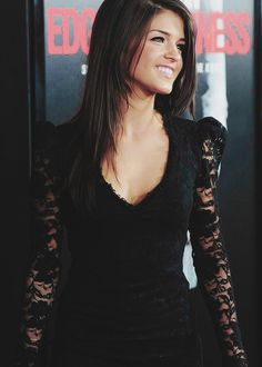 The 100 cast: Marie Avgeropoulos - Octavia Blake