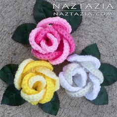 Crochet Ring of Roses - Rose Ring Pattern - Rosa Rosas Flor Flores Flower Flowers - by Donna Wolfe from Naztazia