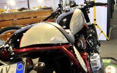 Triumph T 300 by Alberto La Face  Motopower Lucca presso stand Officina CB
