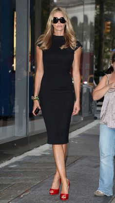 Elle Macpherson~love the black dress