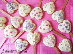 Valentine heart pops Sugar Love, Valentine Heart, Sweets, Candy, Pop, Desserts, Tailgate Desserts, Popular, Deserts