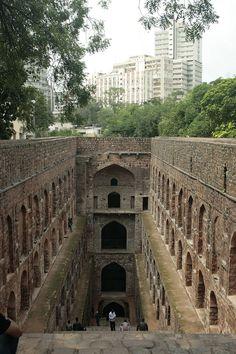 I pozzi a gradini, meravigliose opere architettoniche ormai quasi perdute - Curiosone