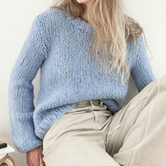 Strikkekit dame - Find moderigtige dame strikkekits her Easy Sweater Knitting Patterns, Big Knits, Mohair Sweater, Sweater Fashion, Knitwear, Knit Crochet, Cute Outfits, Street Style, Boho