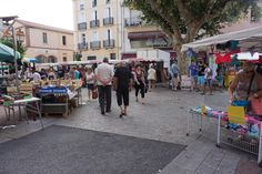 I once bought cheese at this market and got away with paying only four times as much as I would anywhere else. http://www.euroguides.eu/euroguides/france/languedoc/leboulou.html