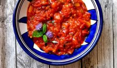 Tick tomato and aubergine sauce Marinade Sauce, Tandoori Chicken, Food Dishes, Curry, Stuffed Peppers, Vegetables, Ethnic Recipes, Sauces, Summer