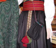 Bilde fra http://www.larsenhusflid.com/Resource/File/0/rosalomme.jpg.