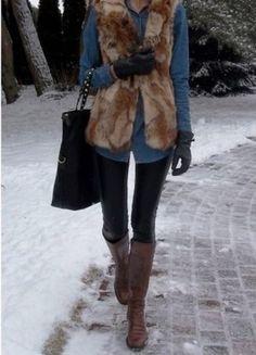 Kup mój przedmiot na #vintedpl http://www.vinted.pl/damska-odziez/inne-ubrania/16571858-kamizelka-pullbear-futrzana-sm-jak-nowa-laty
