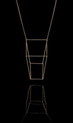 Willian Farias • Trapeze 3D • 18k gold • SlimCollection  -  Photo: Almir Pastore 18k Gold, Arrow Necklace, 3d, Chain, Diamond, Jewelry, Jewlery, Bijoux, Schmuck