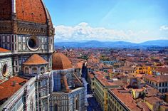 The magnificent Cathedral of Saint Mary of the Flower is one of the most famous churches in Florence, Italy and has an important monumental significance! City Wallpaper, Wallpaper Backgrounds, Wall Wallpaper, Amazing Hd Wallpapers, Car Wallpapers, Things To Do In Italy, Florence Italy, World Heritage Sites, Italy Travel