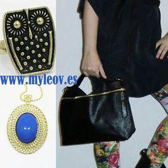 Viste diferente con nosotros entra a www.myleov.es #bolsos #moda #handbag #collar #anillo #buho #azul #look #lookoftheday #shopping #ganarseguidores #shops