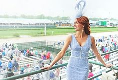 Blue Kentucky Derby Dress and Facinator Kentucky Derby Fashion, Kentucky Derby Outfit, Derby Day Fashion, Fashion Through The Decades, Derby Outfits, Derby Party, Tea Length Dresses, Colorful Fashion, Looking For Women