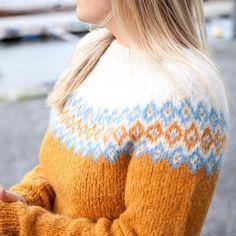 🌟#strikkeinspo 🌟 #alettegenser #faerytale #bystrikk Foto @claudiainorge @dustorealpakka Pullover, Sweaters, Fashion, Moda, Fashion Styles, Sweater, Fashion Illustrations, Sweatshirts, Pullover Sweaters