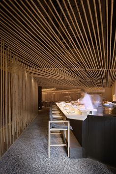 restaurant building kengo kuma builds hong kongs tak restaurant entirely out of bamboo Japanese Restaurant Interior, Luxury Restaurant, Japanese Interior, Restaurant Interior Design, Restaurant Restaurant, Restaurant Photos, Restaurant Interiors, Kengo Kuma, Bar Interior