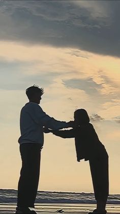 Cute Relationship Goals, Cute Relationships, Friend Pictures, Couple Pictures, Cute Couples Goals, Couple Goals, What A Nice Day, The Love Club, Teen Romance