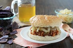 Chipotle Peach BBQ Sauce adds a sweet-and-spicy twist to these vegetarian sloppy joes. And yes, farro replaces the ground beef! Jackfruit Sandwich, Bbq Sandwich, Sandwiches, Vegetarian Sandwich Recipes, Vegan Recipes, Cooking Recipes, Farro Recipes, Burger Recipes, Vegan Meals