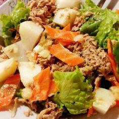 Salada - atum - cenoura - batata - alface - segredinho