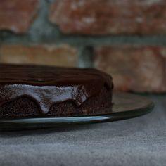Orange Cake with Chocolate Ganache — The Indie Broccoli